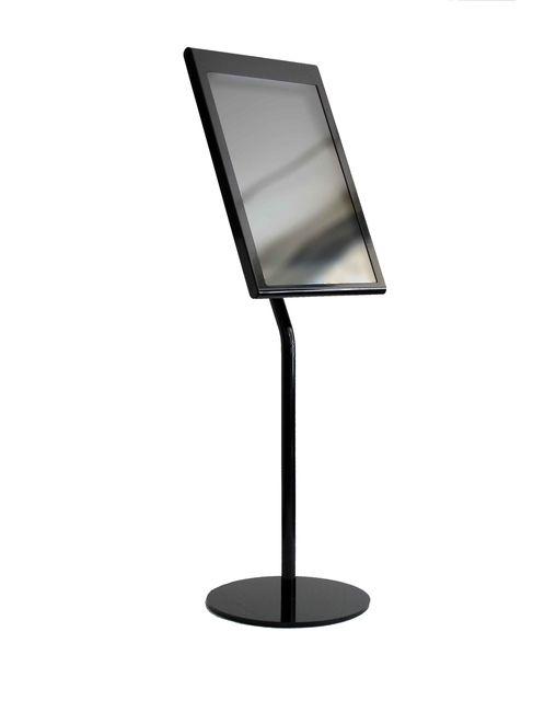 A porte menus sur pied tendance 4xa4 en inox laque noir for Porte menu lumineux exterieur